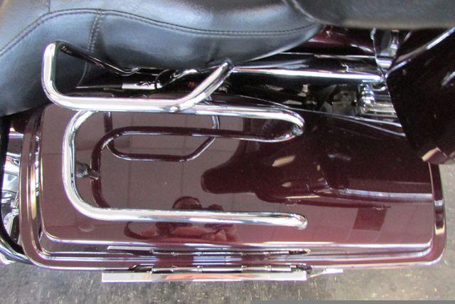2005 Harley-Davidson Electra Glide® Standard Arlington, Texas 41