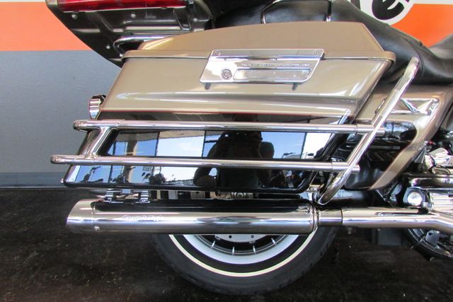 2005 Harley-Davidson Electra Glide® Ultra Classic® Arlington, Texas 10