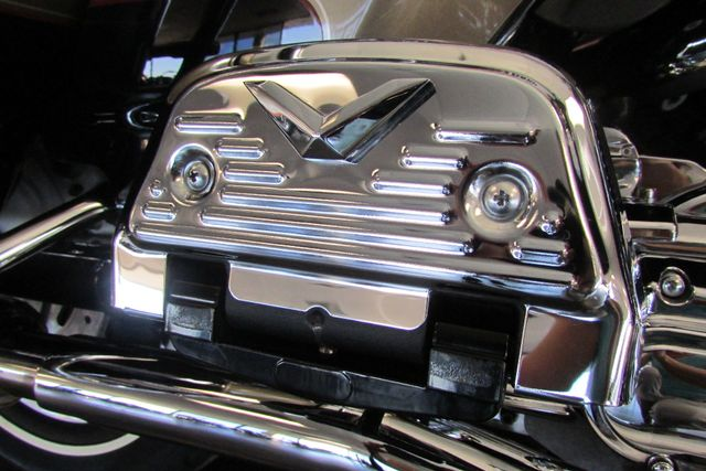 2005 Harley-Davidson Electra Glide® Ultra Classic® Arlington, Texas 15