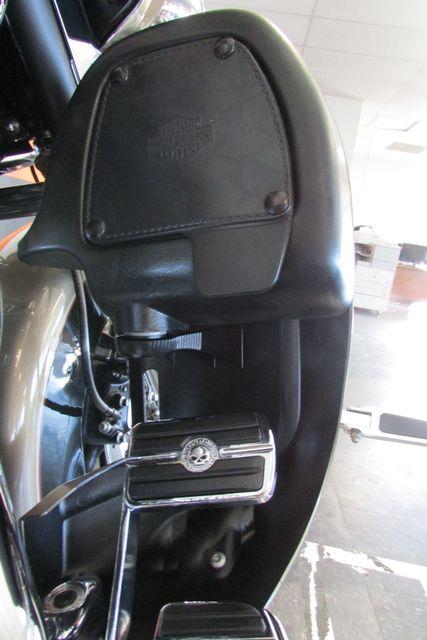 2005 Harley-Davidson Electra Glide® Ultra Classic® Arlington, Texas 20
