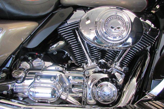 2005 Harley-Davidson Electra Glide® Ultra Classic® Arlington, Texas 21