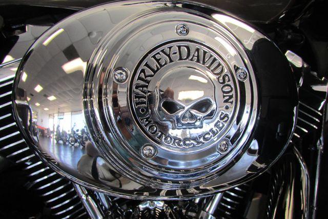 2005 Harley-Davidson Electra Glide® Ultra Classic® Arlington, Texas 24