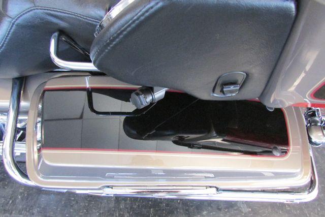 2005 Harley-Davidson Electra Glide® Ultra Classic® Arlington, Texas 42