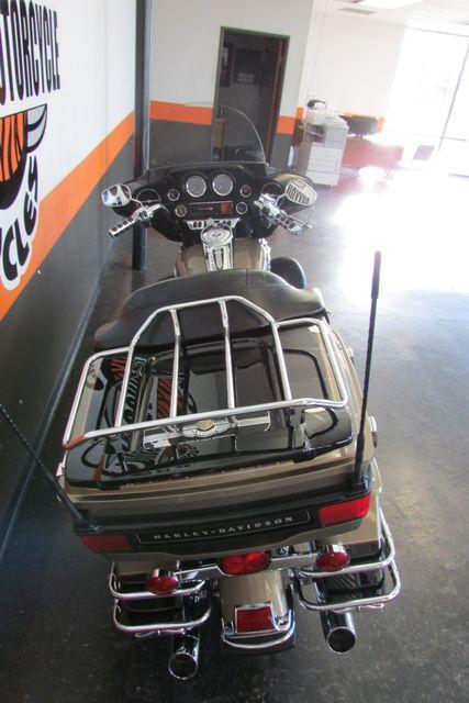 2005 Harley-Davidson Electra Glide® Ultra Classic® Arlington, Texas 9