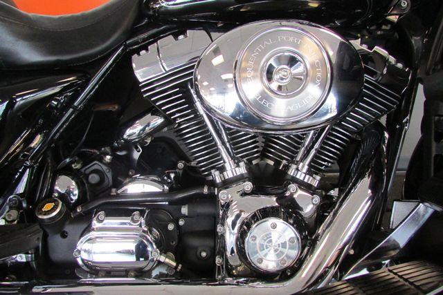 2005 Harley-Davidson Electra Glide® Ultra Classic® Arlington, Texas 22