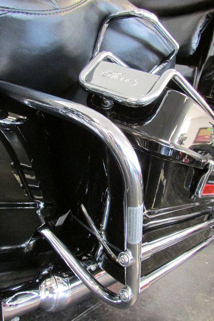 2005 Harley-Davidson Electra Glide® Classic Arlington, Texas 37