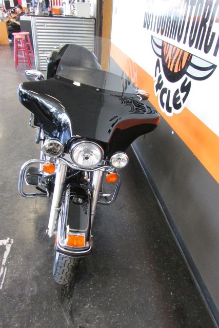 2005 Harley-Davidson Electra Glide® Classic Arlington, Texas 4