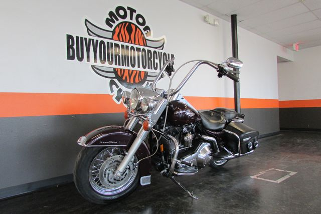 2005 Harley-Davidson Road King® Classic Arlington, Texas 31