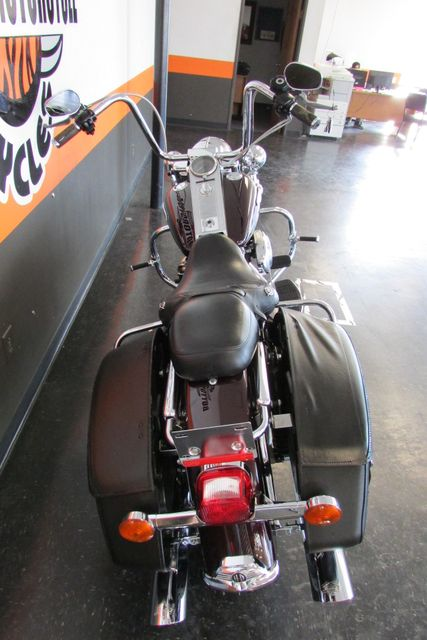2005 Harley-Davidson Road King® Classic Arlington, Texas 9