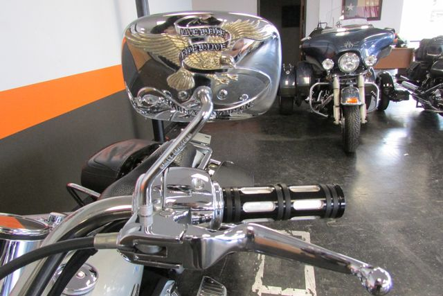 2005 Harley-Davidson Road King® Classic Arlington, Texas 50