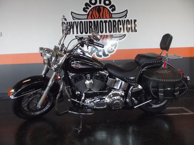 2005 Harley-Davidson Heritage Softail® Classic FLSTC Arlington, Texas 15