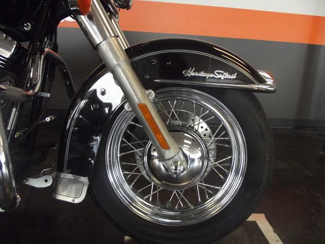 2005 Harley-Davidson Heritage Softail® Classic FLSTC Arlington, Texas 5