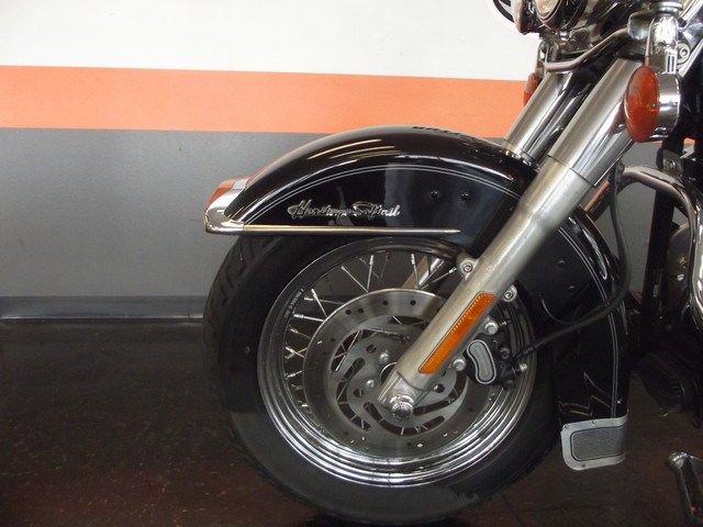 2005 Harley-Davidson Heritage Softail® Classic FLSTC Arlington, Texas 18
