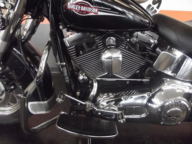 2005 Harley-Davidson Heritage Softail® Classic FLSTC Arlington, Texas 19