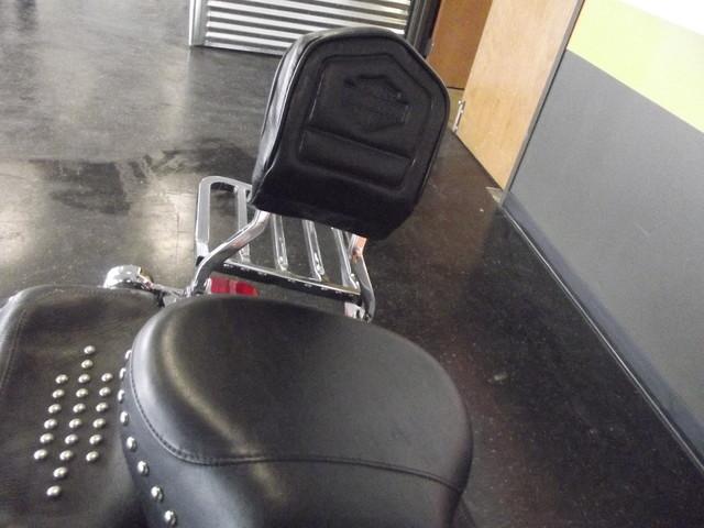 2005 Harley-Davidson Heritage Softail® Classic FLSTC Arlington, Texas 9