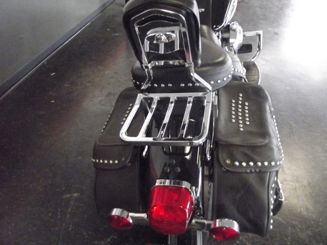 2005 Harley-Davidson Heritage Softail® Classic FLSTC Arlington, Texas 10