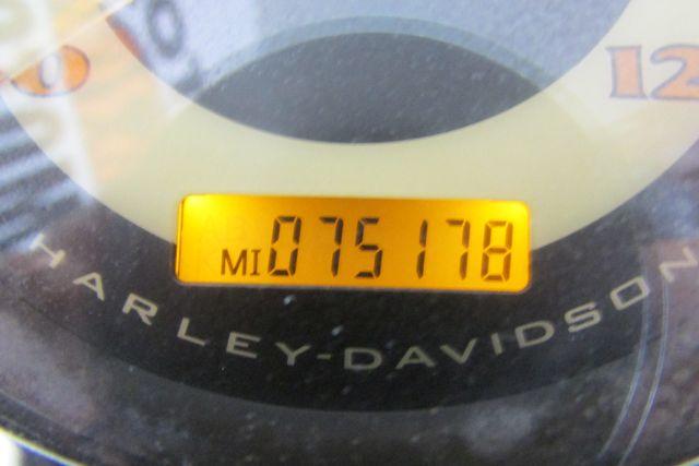 2005 Harley-Davidson Softail® Deluxe Arlington, Texas 27
