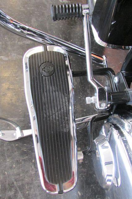 2005 Harley-Davidson Softail® Deluxe Arlington, Texas 39