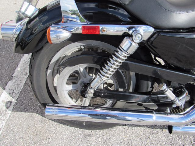 2005 Harley Davidson Sportster 883 Low Dania Beach, Florida 4