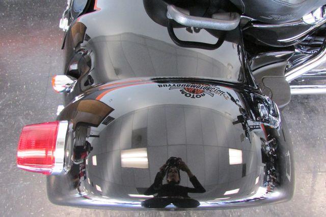 2005 Harley-Davidson Sportster® 1200 Custom Arlington, Texas 12