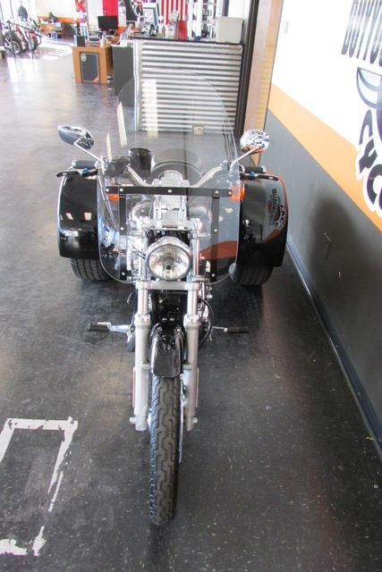 2005 Harley-Davidson Sportster® 1200 Custom Arlington, Texas 5