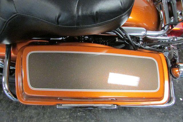 2005 Harley Davidson ULTRA CLASSIC ELECTRA GLIDE    FLHTCUI Arlington, Texas 38