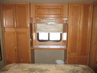 2005 Holiday Rambler Admiral SE 30PDD  city Florida  RV World of Hudson Inc  in Hudson, Florida