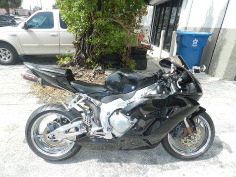 2005 Honda CBR1000 RR CBR1000RR  CBR1000 Custom! Many Extras! in Hollywood, Florida