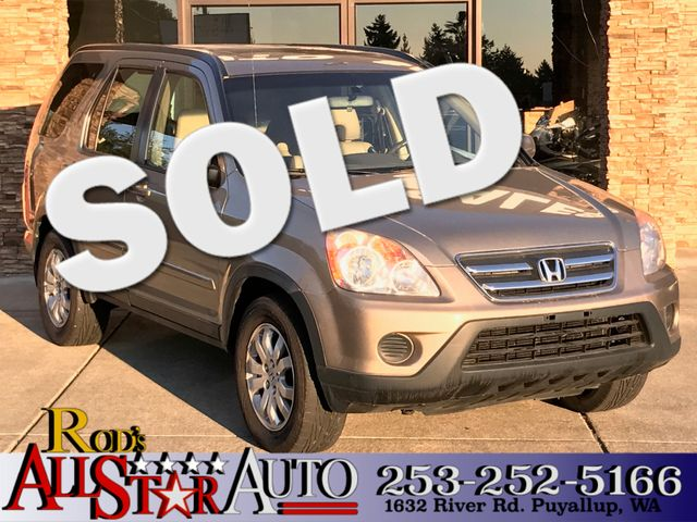 2005 Honda CR-V EX AWD As a second generation CR-V life can be hard The middle child always works