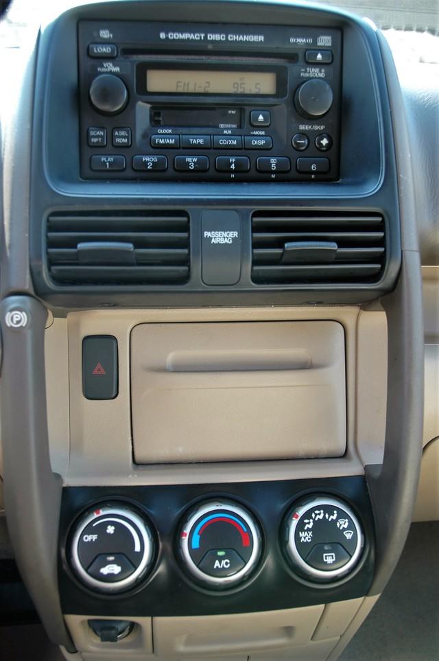2005 Honda CR-V EX Studio City, California 18