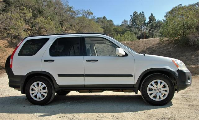 2005 Honda CR-V EX Studio City, California 3