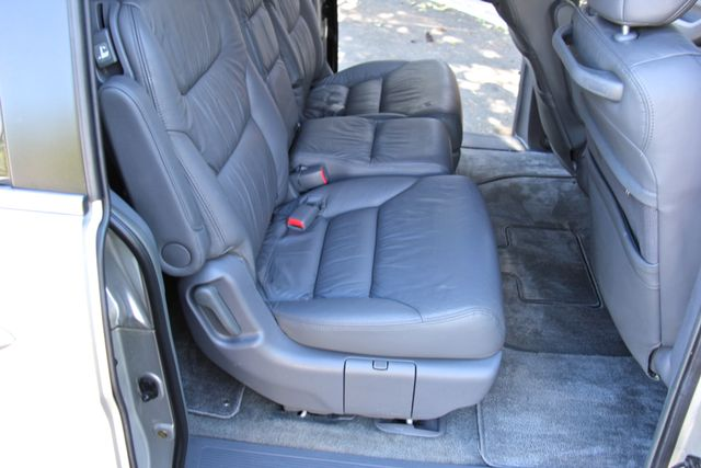 2005 Honda Odyssey EX-L Reseda, CA 15