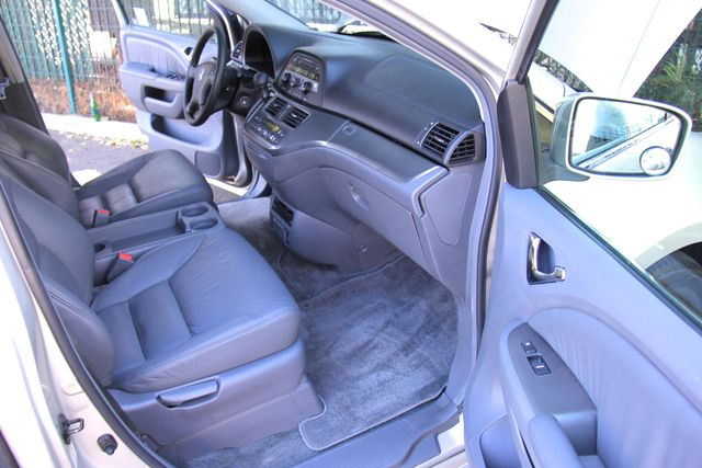 2005 Honda Odyssey EX-L Reseda, CA 17
