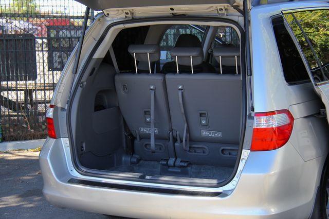 2005 Honda Odyssey EX-L Reseda, CA 30