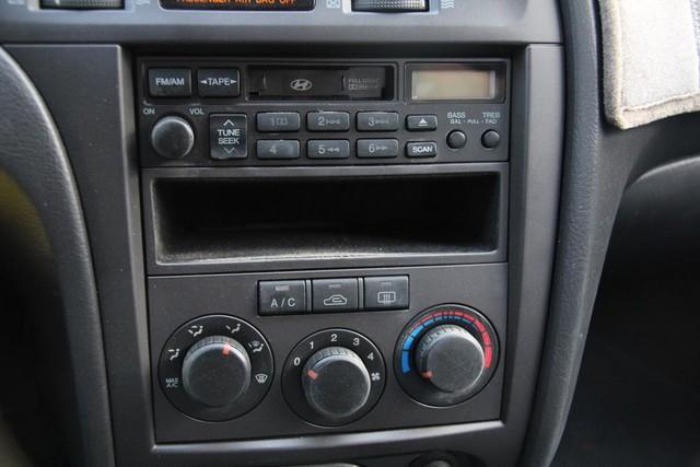 2005 Hyundai Elantra GLS Santa Clarita, CA 10