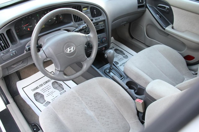 2005 Hyundai Elantra GLS Santa Clarita, CA 8