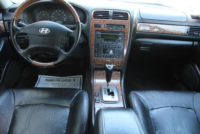 2005 Hyundai XG350 L Santa Clarita, CA 7