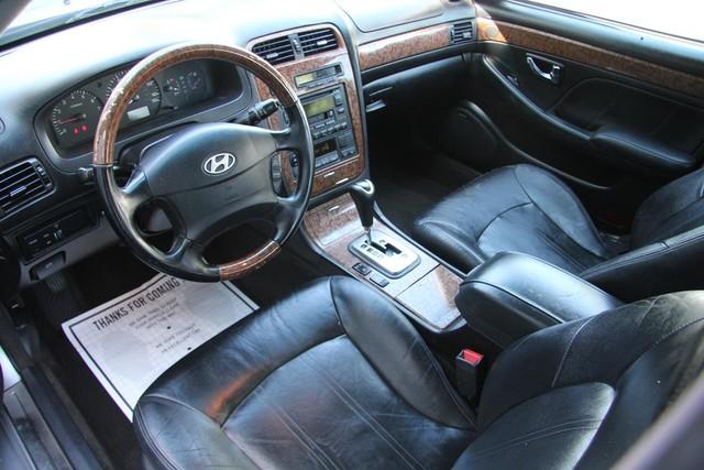 2005 Hyundai XG350 L Santa Clarita, CA 8