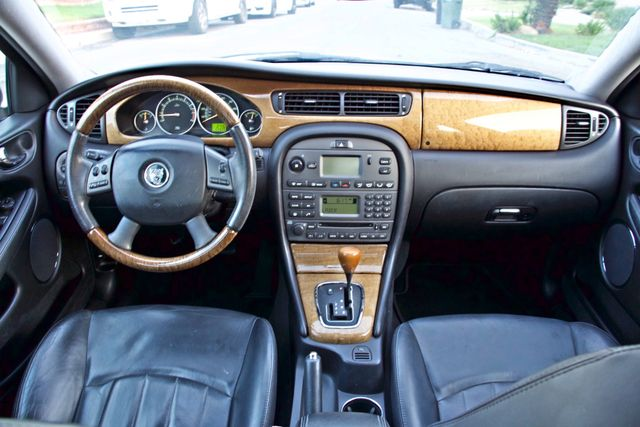 2005 Jaguar X-TYPE 3.0L 4WD ONLY 69K ORIGINAL MLSL ALLOY WHLS SERVICE RECORDS! Woodland Hills, CA 16
