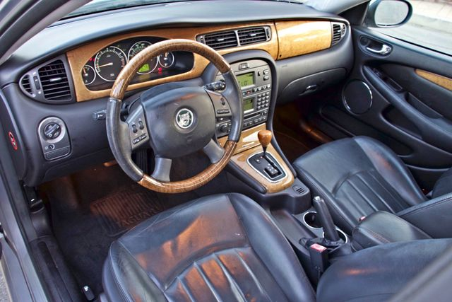 2005 Jaguar X-TYPE 3.0L 4WD ONLY 69K ORIGINAL MLSL ALLOY WHLS SERVICE RECORDS! Woodland Hills, CA 11