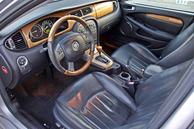 2005 Jaguar X-TYPE 3.0L 4WD ONLY 69K ORIGINAL MLSL ALLOY WHLS SERVICE RECORDS! Woodland Hills, CA 12