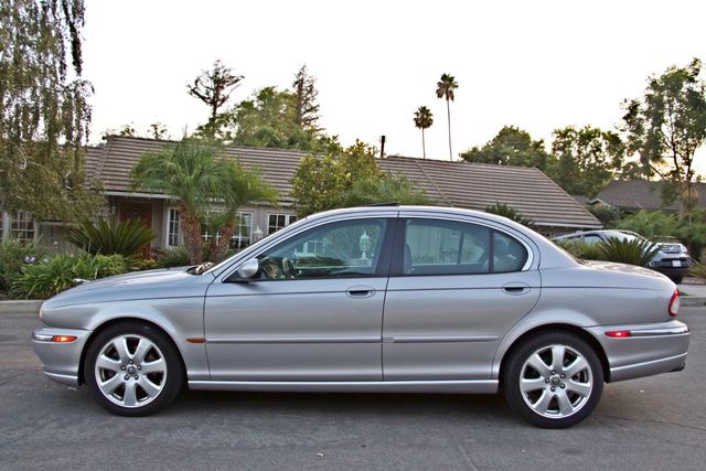 2005 Jaguar X-TYPE 3.0L 4WD ONLY 69K ORIGINAL MLSL ALLOY WHLS SERVICE RECORDS! Woodland Hills, CA 2