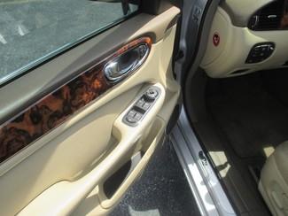 2005 Jaguar XJ XJ8 LWB Saint Ann, MO 17