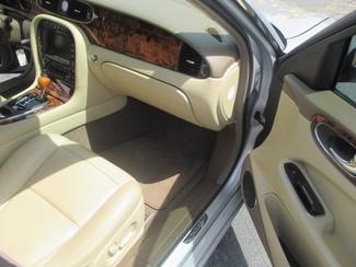 2005 Jaguar XJ XJ8 LWB Saint Ann, MO 23