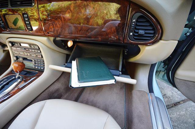 2005 Jaguar XK8 Reseda, CA 28