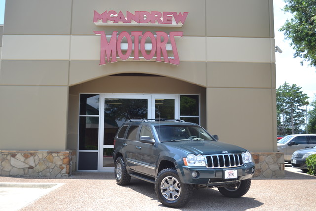 2005 Jeep Grand Cherokee Limited LIFTED | Arlington, Texas | McAndrew Motors in Arlington Texas