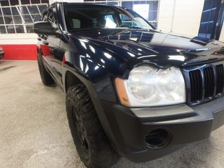 2005 Jeep Grand Cherokee AWD, new GRABBER tires ~ Amazing rig! Saint Louis Park, MN 14