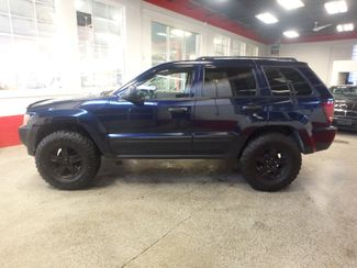 2005 Jeep Grand Cherokee AWD, new GRABBER tires ~ Amazing rig! Saint Louis Park, MN 7
