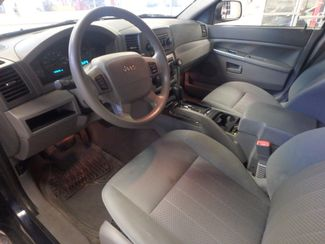 2005 Jeep Grand Cherokee AWD, new GRABBER tires ~ Amazing rig! Saint Louis Park, MN 3