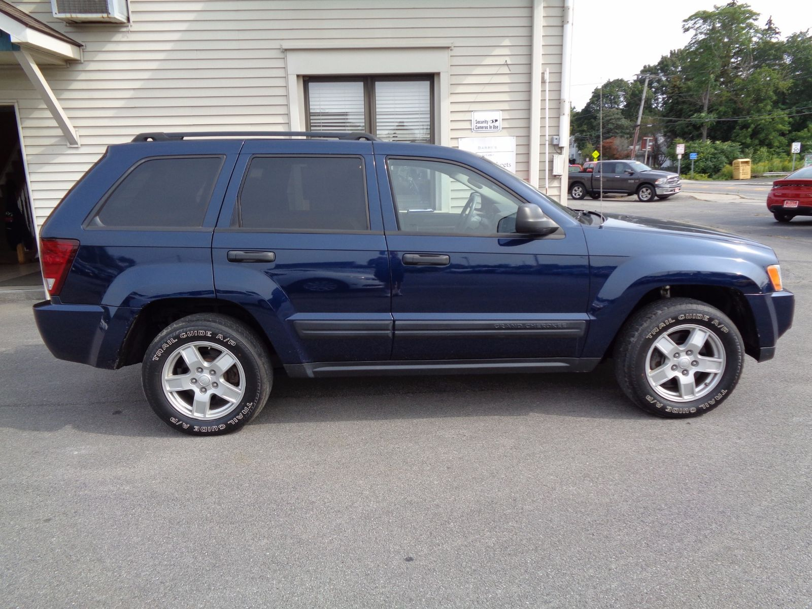 2005 jeep grand cherokee laredo city ny barrys auto center